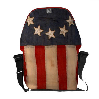 audiophiliacs.com ALL AMERICAN FLAG WAVER BAG Messenger Bags