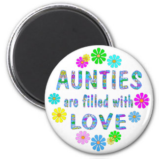 Auntie 6 Cm Round Magnet