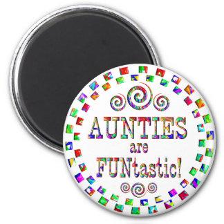 Aunties are FUNtastic 6 Cm Round Magnet