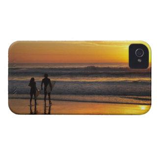 Australia, Queensland, Gold Coast, Surfers at iPhone 4 Cover