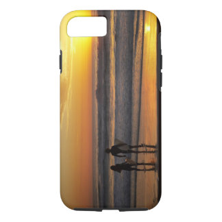 Australia, Queensland, Gold Coast, Surfers at iPhone 8/7 Case