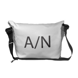 Authors note.ai commuter bags