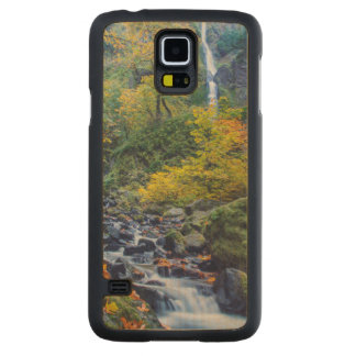Autumn Color Along Starvation Creek Falls 2 Carved Maple Galaxy S5 Case