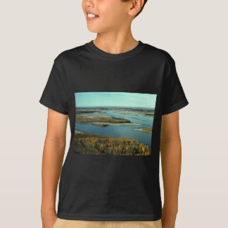 AUTUMN LANDSCAPE ON THE RIVER SURROUNDED BY TREES T-Shirt