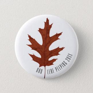 Autumn Leaf Peeping 6 Cm Round Badge