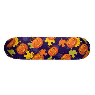 Autumn Leaves & Jack-O-Lanterns 21.6 Cm Skateboard Deck