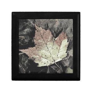 Autumn Maple Leaf Art Small Square Gift Box