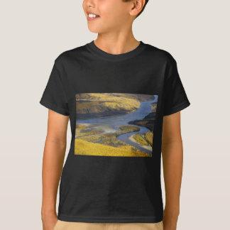 AUTUMN WILDLIFE VIEWING SCENIC T-Shirt