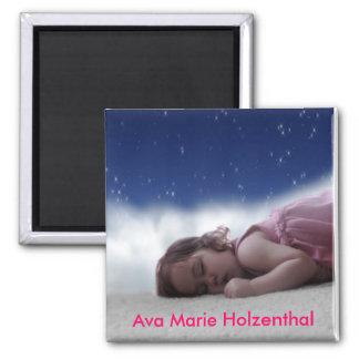 Ava Sleepy Magnet