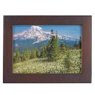 Avalanche lilies and Mount Rainier Keepsake Box