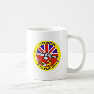"Avro Shackleton mug ""8 Squadron - Bear Hunters"""