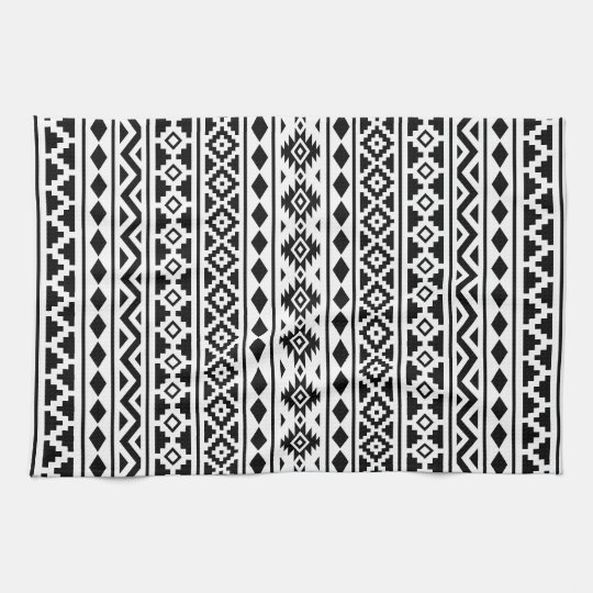 Aztec Essence Vertical Ptn II Black on White