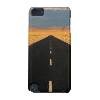 B4 National Road Through Desert, Near Aus iPod Touch (5th Generation) Case
