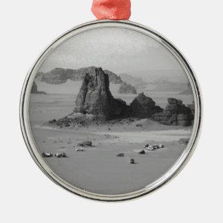 B&W Algeria Desert Silver-Colored Round Decoration
