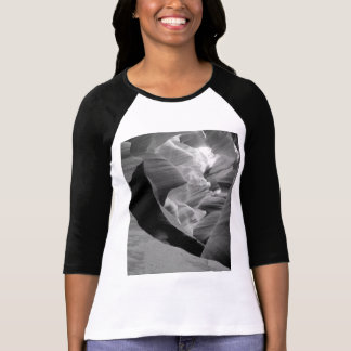 B&W Antelope Canyon 2 T-Shirt