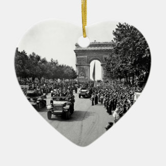 B&W Arc De Triomphe 2 Christmas Ornament
