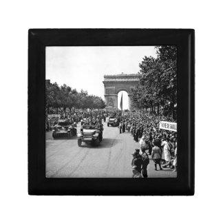 B&W Arc De Triomphe 2 Gift Box