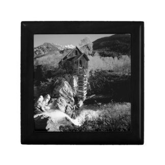 B&W Aspen 2 Gift Box