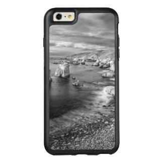 B&W beach coastline, California OtterBox iPhone 6/6s Plus Case