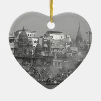 B&W Ganges River Ceramic Heart Decoration