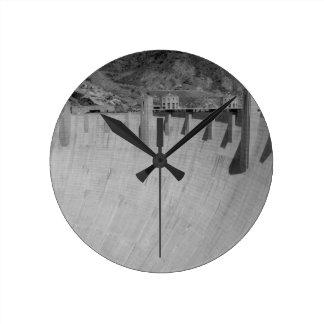 B&W Hoover Dam 2 Round Clock
