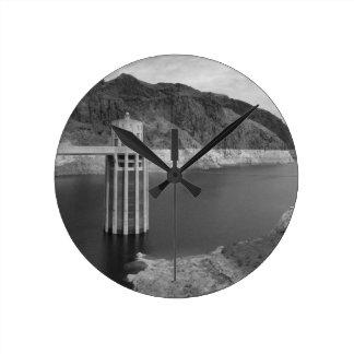 B&W Hoover Dam 4 Round Clock