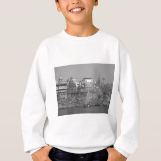 B&W India Ganges River Sweatshirt