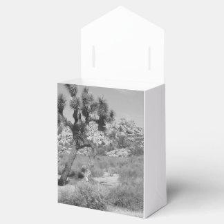 B&W Joshua Tree National Park 3 Favour Box