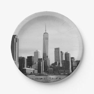 B&W Manhattan Paper Plate