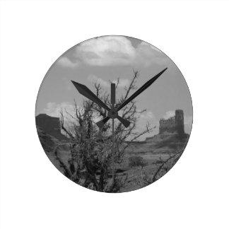 B&W Monument Valley in Arizona/Utah 3 Round Clock