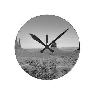 B&W Monument Valley in Arizona/Utah Round Clock