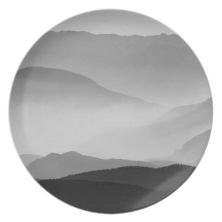 B&W Mountains Dinner Plate