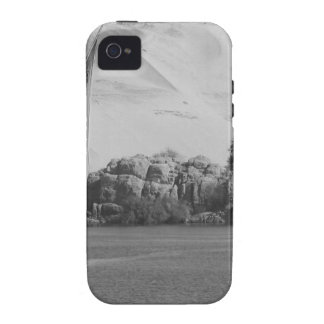 B&W Nile river iPhone 4/4S Covers