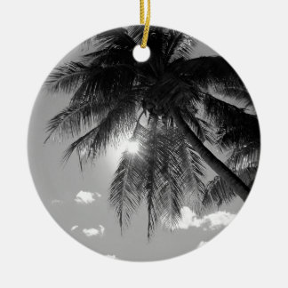 B&W Palm Round Ceramic Decoration