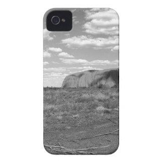 B&W Uluru 2 iPhone 4 Cover