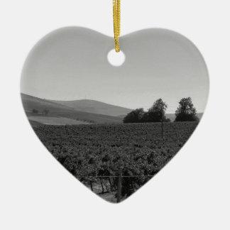B&W Vineyard Ceramic Heart Decoration