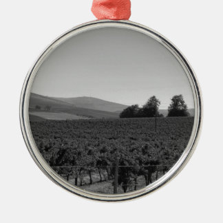 B&W Vineyard Silver-Colored Round Decoration