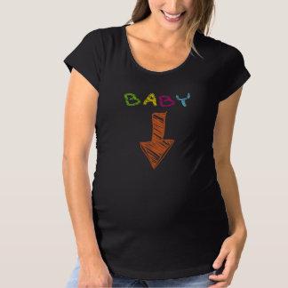 baby arrow maternity T-Shirt