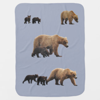 Baby blanket with momma bear and cubs