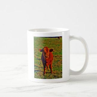 BABY BROWN COW EATING BASIC WHITE MUG