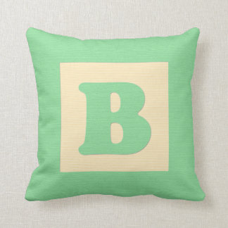 Baby building block throw pIllow letter B (green)
