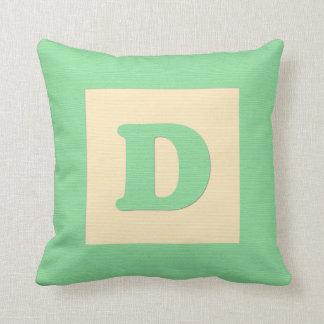 Baby building block throw pIllow letter D (green)