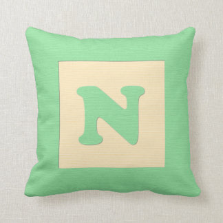 Baby building block throw pIllow letter N (green)