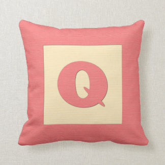 Baby building block throw pIllow letter Q red