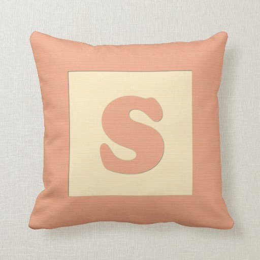 Baby building block throw pIllow letter S (orange)