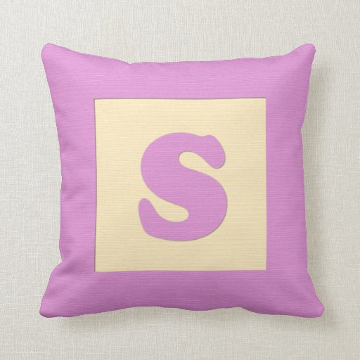 Baby building block throw pIllow letter S (pink)