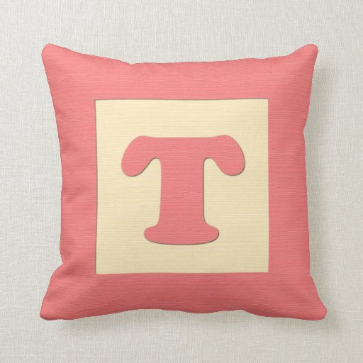 Baby building block throw pIllow letter T (red)