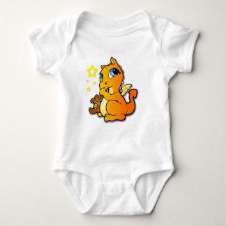 Baby dragon sucking its thumb - Orange T Shirt