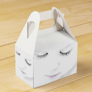 Baby face eyes and lips party favor box