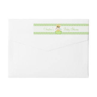 Baby Giraffe at Bath Time Baby Shower Wrap Around Label